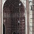 Repairs At The Taj Mahal, Agra 2014 by Chris Honeyman