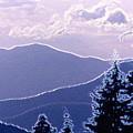 Ridge Layers 2 Pd2  by Lyle Crump
