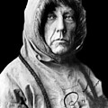 Roald Amundsen, The First Person by Everett