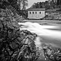 Roanoke River Flow by Alan Raasch