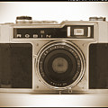 Robin 35mm Rangefinder Camera by Mike McGlothlen