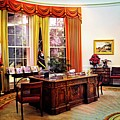 Ronald Reagan's Oval Office by Lynn Bauer