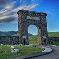 Roosevelt Arch At Yellowstone Dsc2522_05252018 by Greg Kluempers