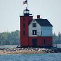 Round Island Lighthouse by Elizabeth Stone