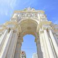Rua Augusta Triumphal Arch by Benny Marty