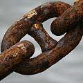Rusty Chain by Hans Jankowski