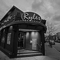 Ryles Jazz Club Cambridge Ma Inman Square Hampshire Street Black And White by Toby McGuire