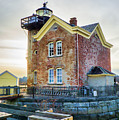 Saugerties Lighthouse by Nancy De Flon