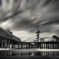 Scheveningen Pier 2 by Dave Bowman