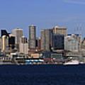 Seattle Panoramic by Adam Romanowicz