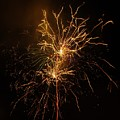 Seaworld Fireworks 6 by Phyllis Spoor