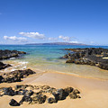 Secret Beach Of Kahoolawe And Molokini by Ron Dahlquist - Printscapes
