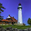Seul Choix Point Lighthouse by Nick Zelinsky