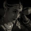Shringar by Kedar Munshi