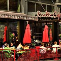 Sidewalk Cafe by Laurie Prentice