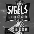 Sigels Liquor Sign B W 052618 by Rospotte Photography