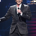 Singer Barry Manilow by Concert Photos