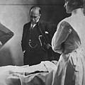 Sir William Osler 1849 � 1919, Reading by Everett