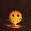 Smile by Peter Chilelli