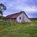 Smith Farm Barn by Robert Seifert