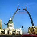 St. Louis Arch Construction by Dwayne Pounds