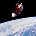 Stabilizing Spacecraft by Science Source/NASA