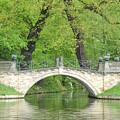 Stone Bridge by Frank Remar