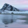 Storsandnes, Lofoten - Norway by Joana Kruse