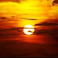 Sun 32 by Ben Yassa