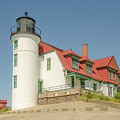 Sunlight On Point Betsie Lighthouse by Sue Smith