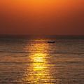 Sunrise Fishing by Bob Hislop