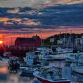 Suns Rays Wake Rockport Up by Jeff Folger