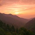 Sunset In The Smokies. by Itai Minovitz