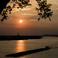 Sunset On The Mississippi by Brenda Gray