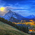 Supermoon Rising Over Mount Rundle by Alan Dyer