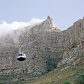 Table Mountain Cable Car by Shaun Higson