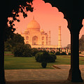 Taj Mahal by Javier Flores