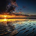 Tanjung Aru Beach by Erwin Ussdek