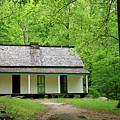 Tennessee Farmhouse by Nicholas Blackwell