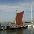Thames Sailing Barge 'alice' by Hazy Apple