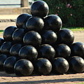 The Cannonballs At The Battery In Charleston Sc by Susanne Van Hulst