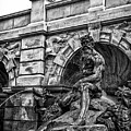 The Court Of Neptune Fountain In Black And White by Louis Daigle