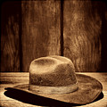 The Dirty Brown Hat by American West Legend By Olivier Le Queinec