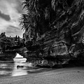 The Dragon by Raung Binaia