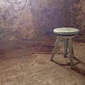 The Empty Chair by Lars Lentz