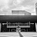 The Lowry Art And Entertainment Complex Salford Quays Manchester Uk by Joe Fox