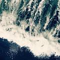 The Ocean Roars by Robin Dickinson