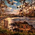 The Weir At Teddington by Leigh Kemp
