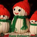 Three Knit Christmas Snowmen by Linda Phelps