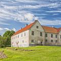 Tommarps Kungsgard Slott by Antony McAulay